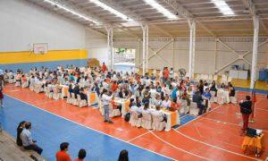Ministro de Desarrollo Social y Familia, Sebástian Sichel, Intendente Pablo Milad y Alcaldesa de Teno, Sandra Valenzuela, encabezaron conversatorio con más de 200 vecinos de la comuna.